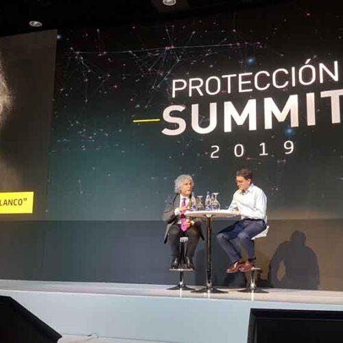 Conversatorio con Steven Pinker y Juan David Aristizábal - Protección