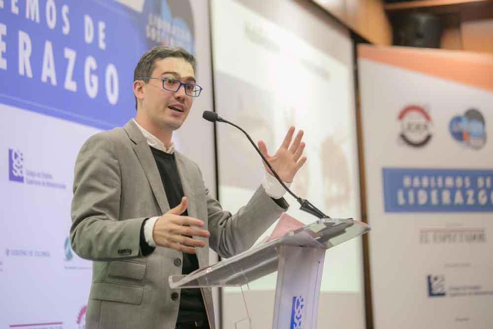 Conferencia de Juan David Aristizábal - Colegio de Estudios Superiores de Administración CESA